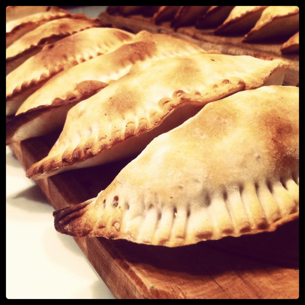homemade_empanadas_mendocinas_argentina_buenos_aires_como_preparar_las_empanadas_NOLAchef_private_chef