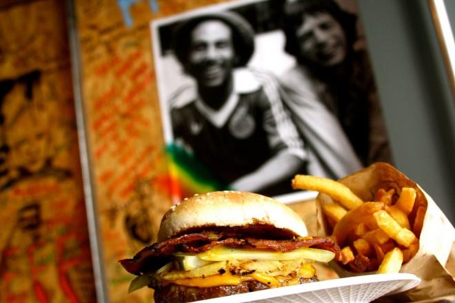 Hola, Jamaica Burger